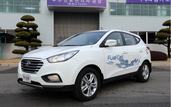 Hyundai Started Production of the First Fuel Cell Vehicles ix35
