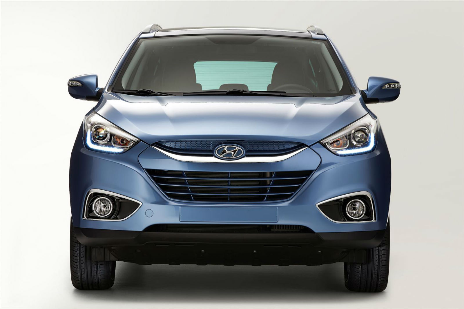 New ix35 is on the move! Hyundai upgraded its fastest