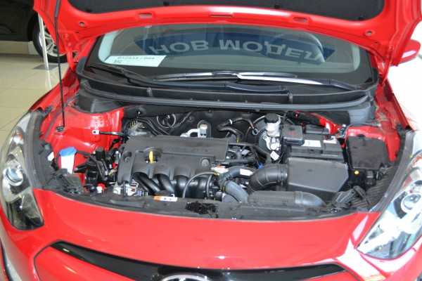 2013 hyundai i30 engine