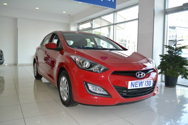 2013 hyundai i30 red 2