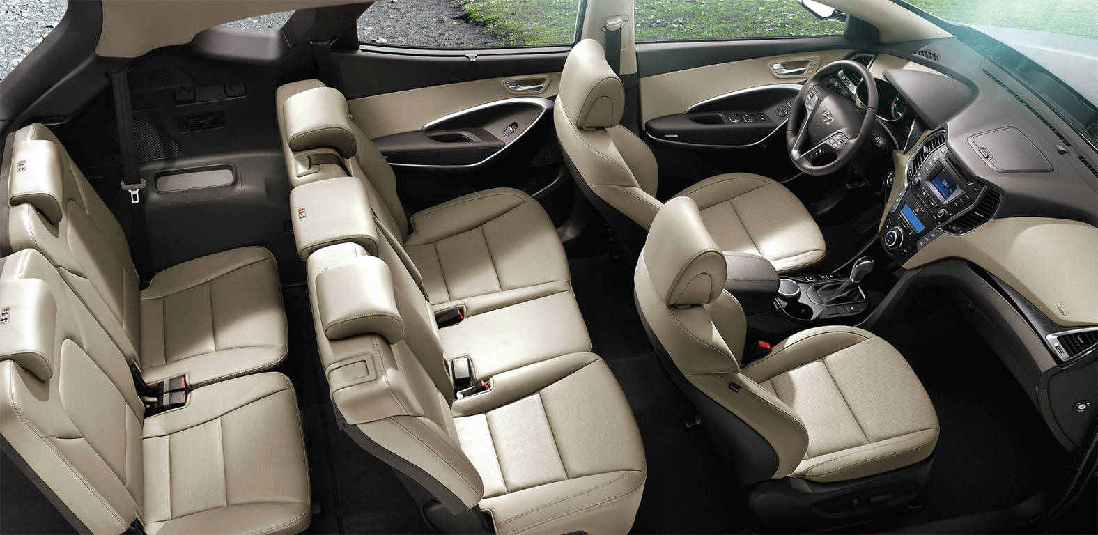 The 2013 Hyundai Santa Fe Sport Entered The Top 10 Best Interiors