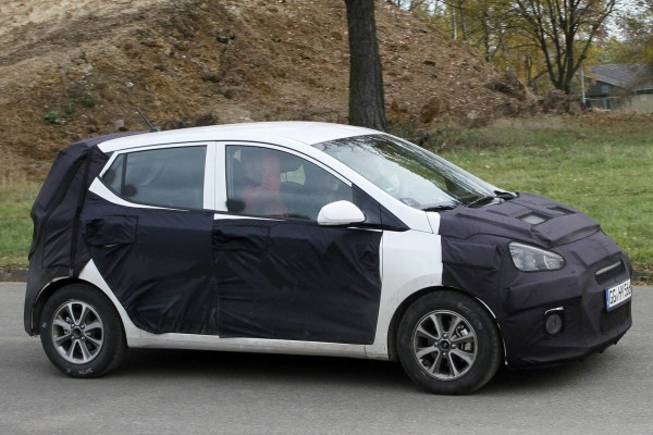 2014 hyundai i10 spy photo 2