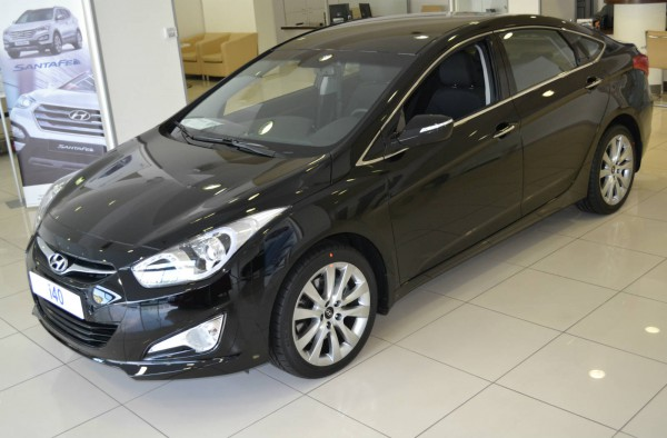 hyundai i40 side up