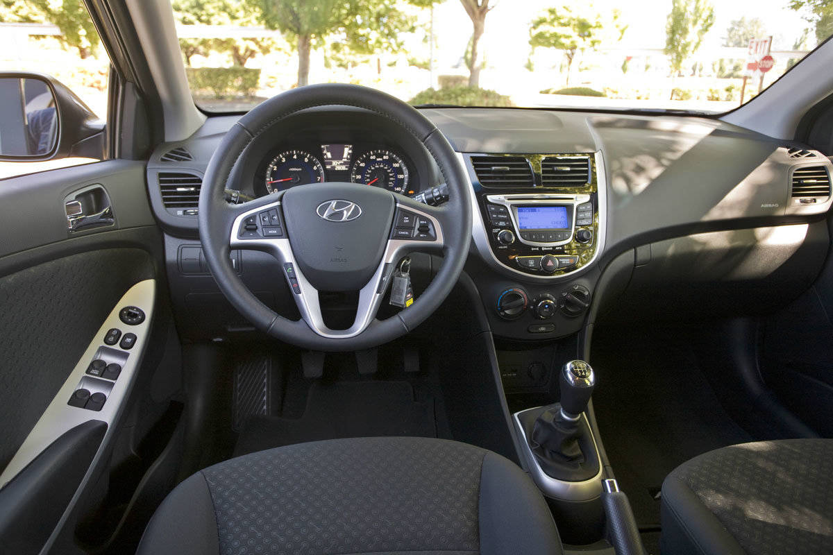 2012 hyundai accent interior muscle cars zone. Black Bedroom Furniture Sets. Home Design Ideas