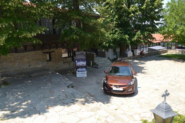 2012 hyundai i30 church 3