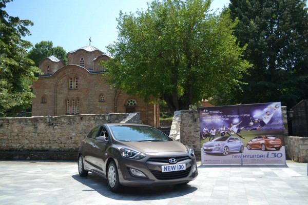 2012 hyundai i30 church 8