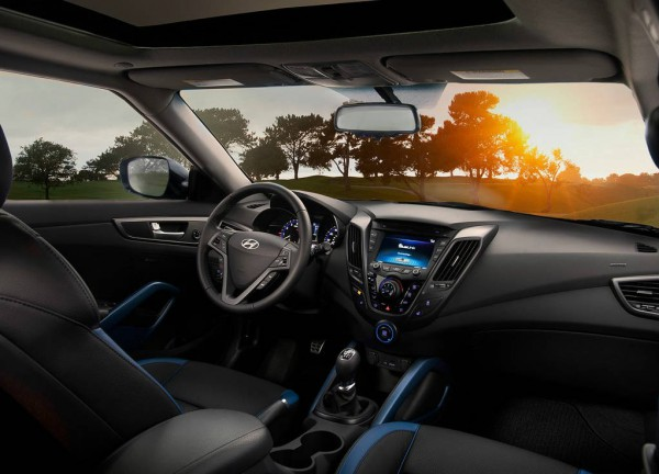 2013 Hyundai veloster turbo interior