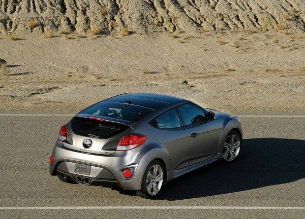 2013 Hyundai veloster turbo rear side