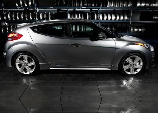 2013 Hyundai veloster turbo side