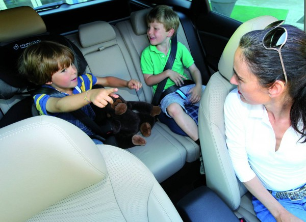 2013 hyundai i30 wagon interior kids