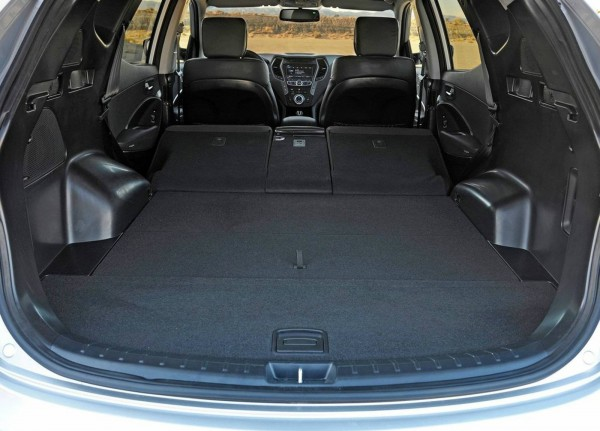 2013 hyundai santa fe boot trunk