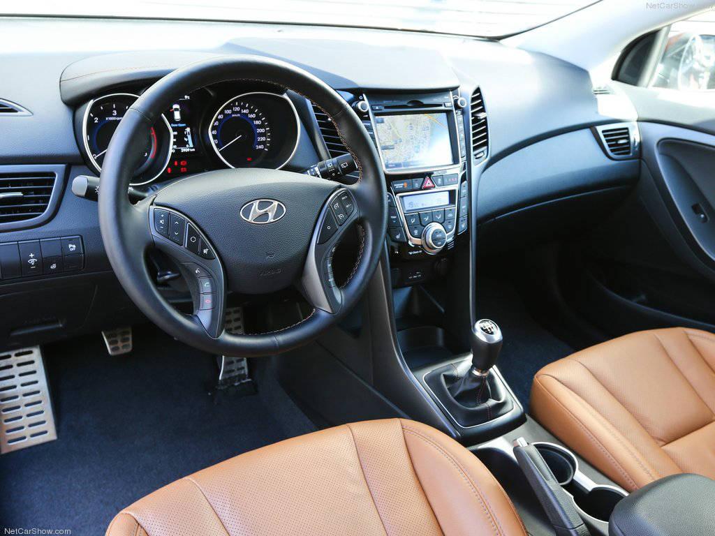 Hyundai i30 3 door interior muscle cars zone for Interior hyundai i30