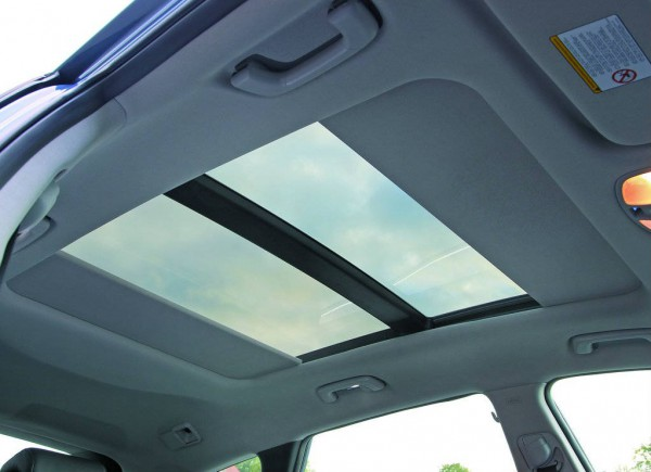 hyundai i40 wagon sunroof