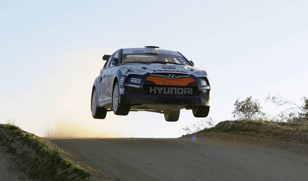 hyundai veloster rally car  7