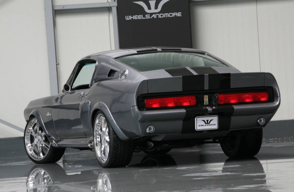 mustang-shelby-gt500-eleanor-back