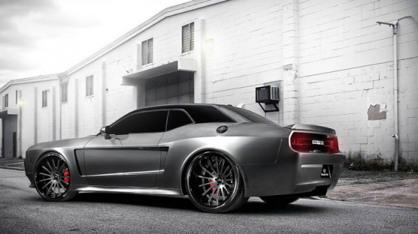 2008 Dodge Challenger SRT8 by Ultimate Auto 2