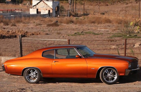Check this custom made 1970 Chevy Chevelle LS2 V8 engine