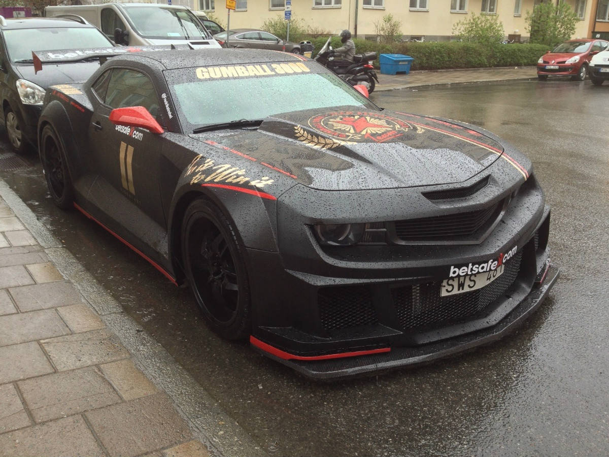 Crazy Camaro Burnout on Gumball 3000! Must See!