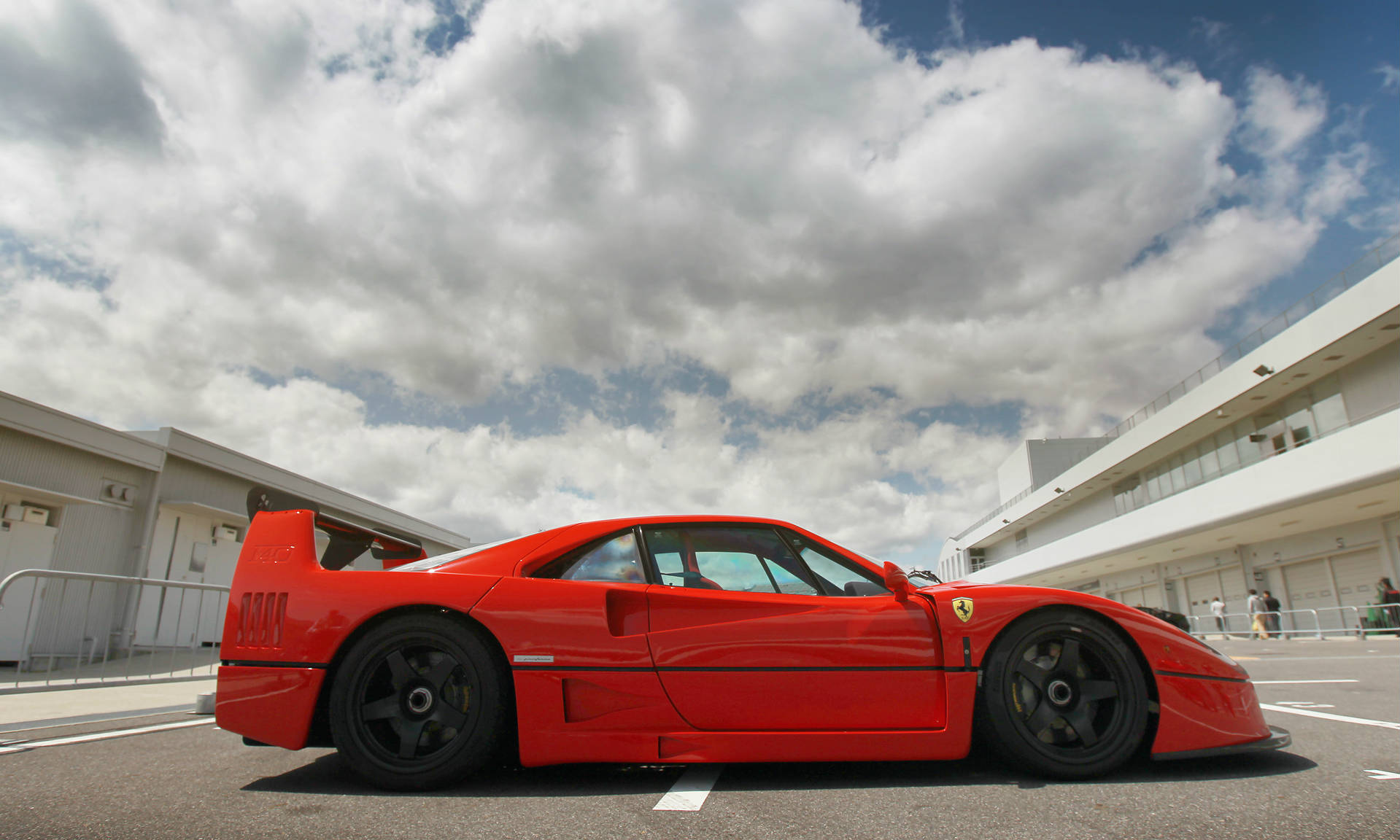 2012 Ferrari 458 Italia besides 1972 Nissan Skyline GTR additionally 1 5 Scale RC Buggy as well Nissan 350Z RC Car likewise Ferrari F40 Lm. on rc drift cars