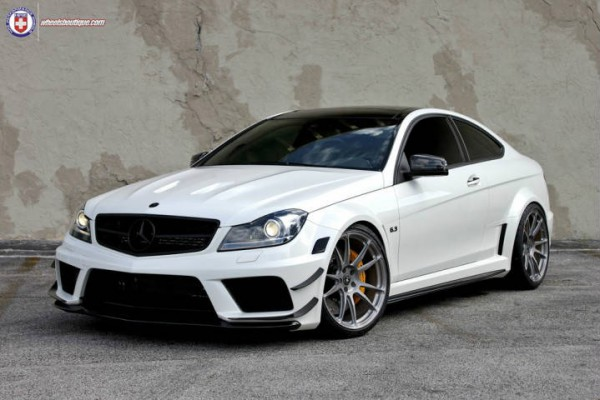 Mercedes-Benz C63 AMG Black Series 2