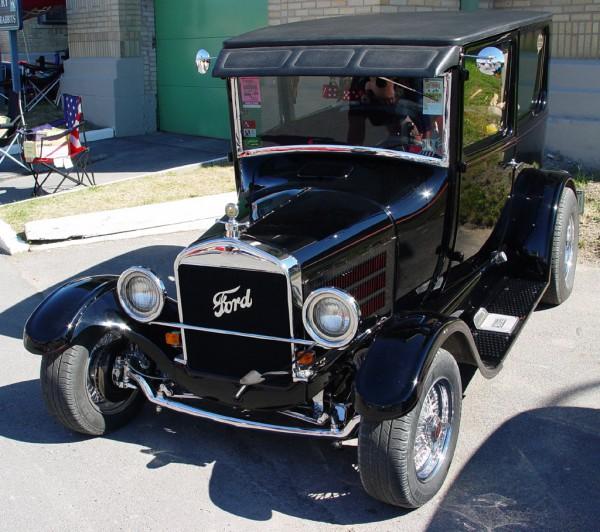 1927-Ford-Model-T-b-pr-sy