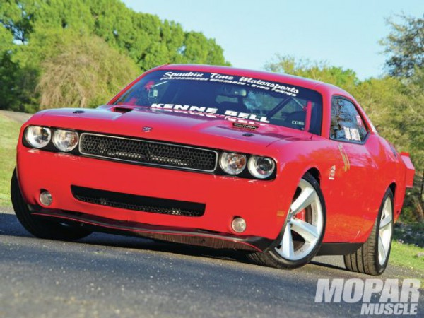 2009-dodge-challenger-srt8