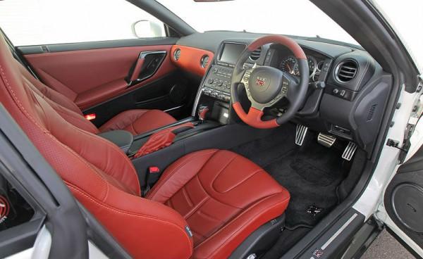 2013-GTR-10
