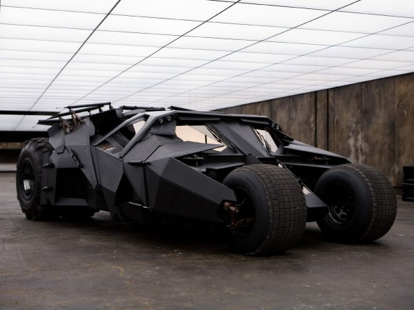 Batmobile Tumbler Batman Begins 2