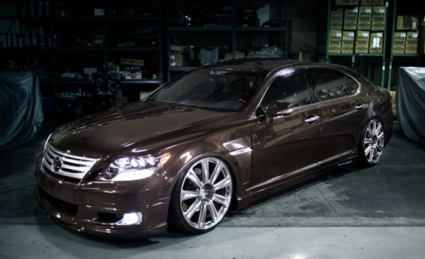 LEXUS LS600HL VIP Style 2