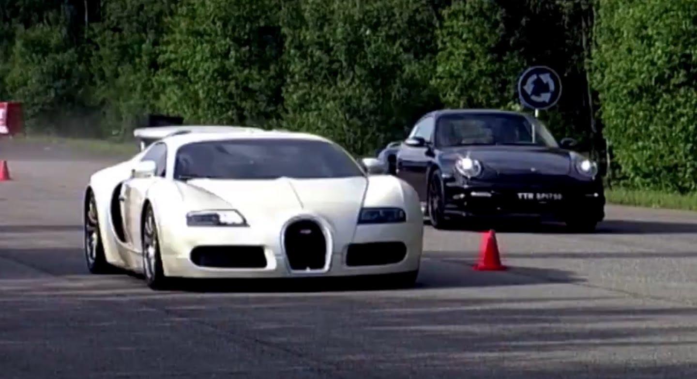 Porsche 911 vs Bugatti Veyron