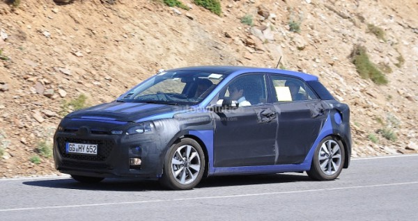 spyshots-all-new-hyundai-i20-loses-some-camo-64993-7