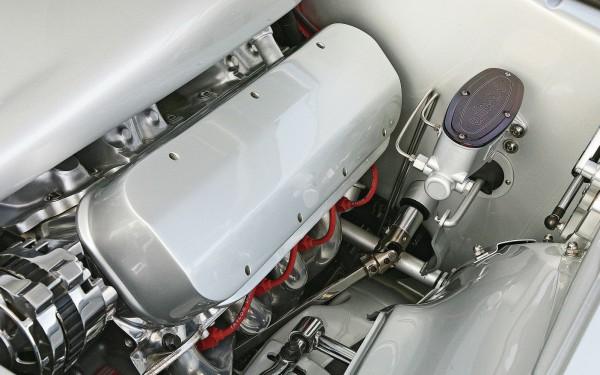 1305-1969-chevy-camaro-engine-view-2