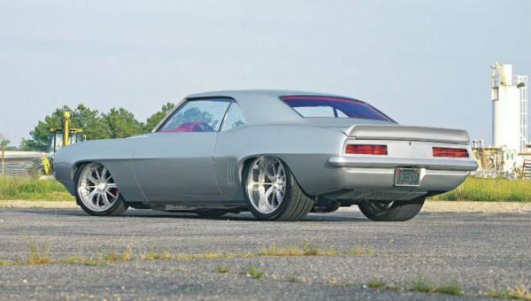 1305-1969-chevy-camaro-rear-side-view