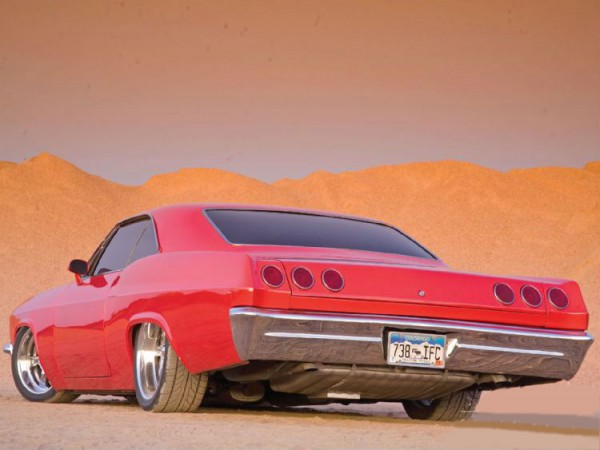 1965_chevy_impala_SS+left_rear_angle