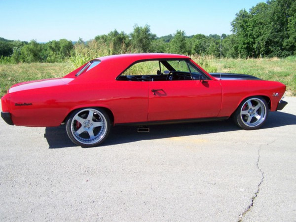 1966 Chevrolet Chevelle on very nice wheels