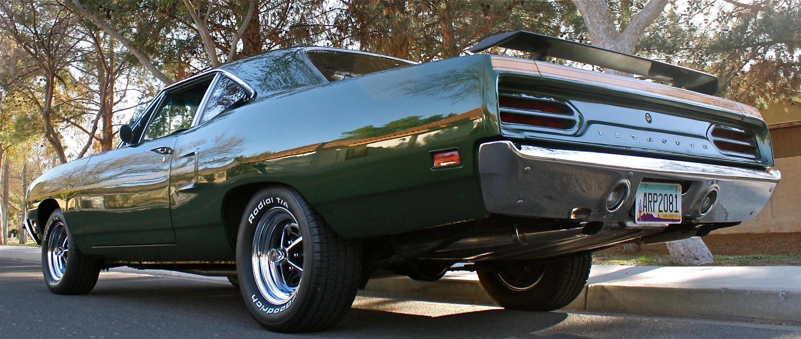 1970 Plymouth Roadrunner Green Hornet 3