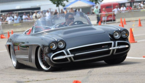 chevrolet-corvette-custom-back v