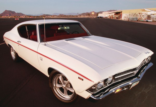 1969-chevy-chevelle-ss-front-three-quarter (1)