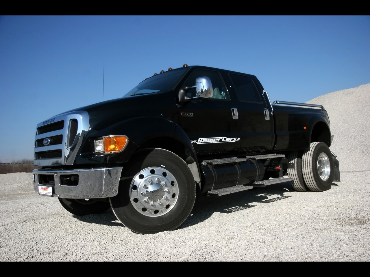 The Best Ford F650 Custom! Check It Out, One Of The Best ...