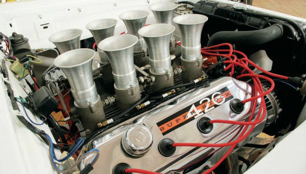 426-hemi-super-stock-engine
