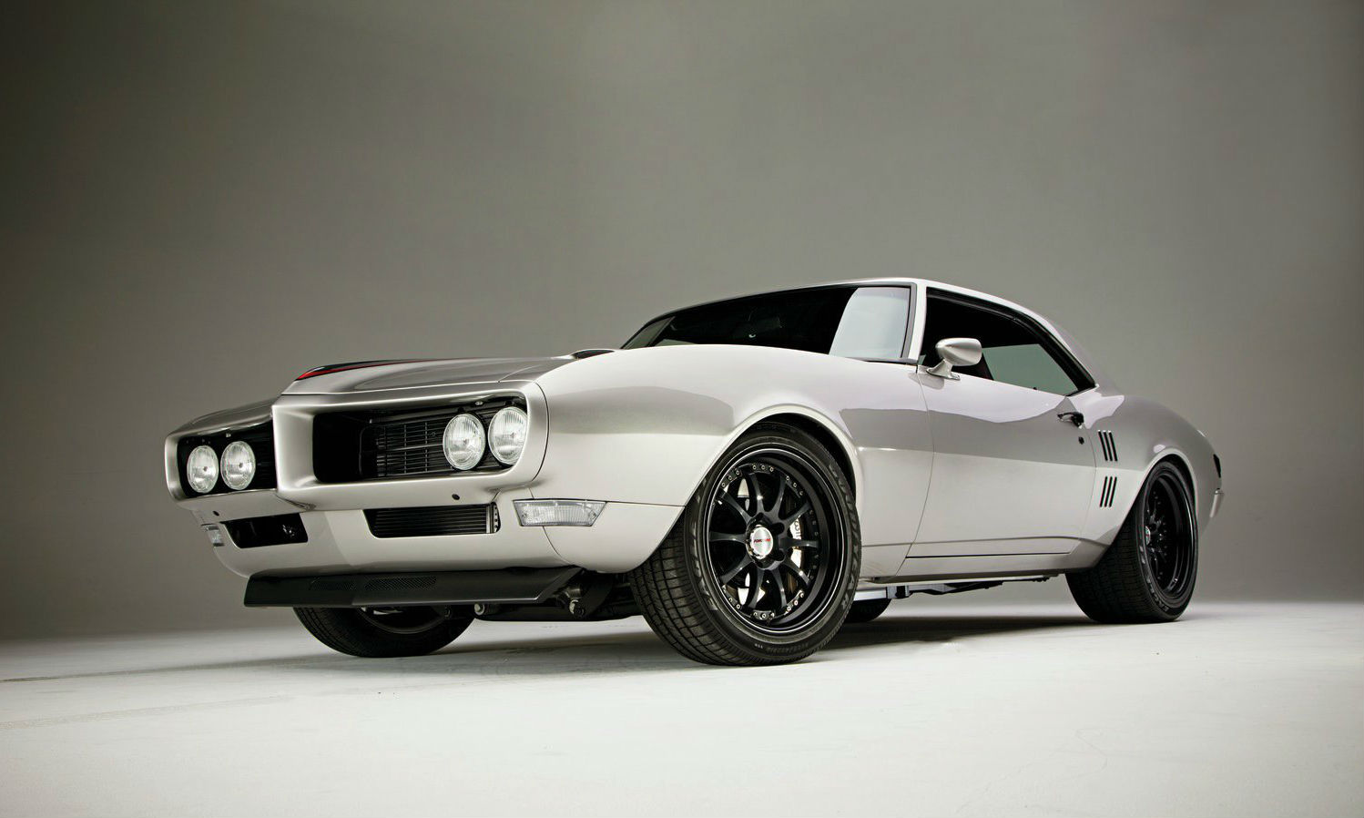 1968-pontiac-firebird-front-three-quarter