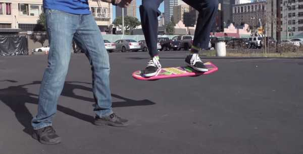 Tony Hawk the hoverboard celebrities Back To The Future movie