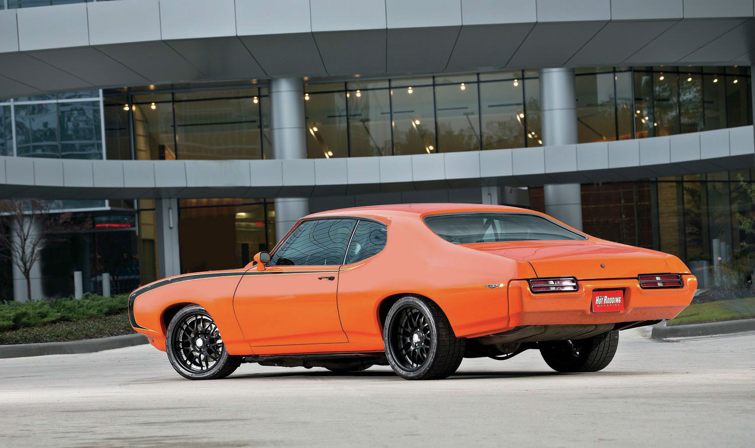 1969-pontiac-gto-rear-profile