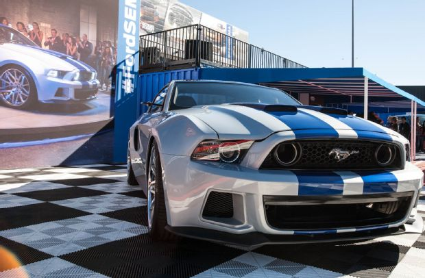 need-for-speed-ford-mustang-GT-nose-2013-SEMA