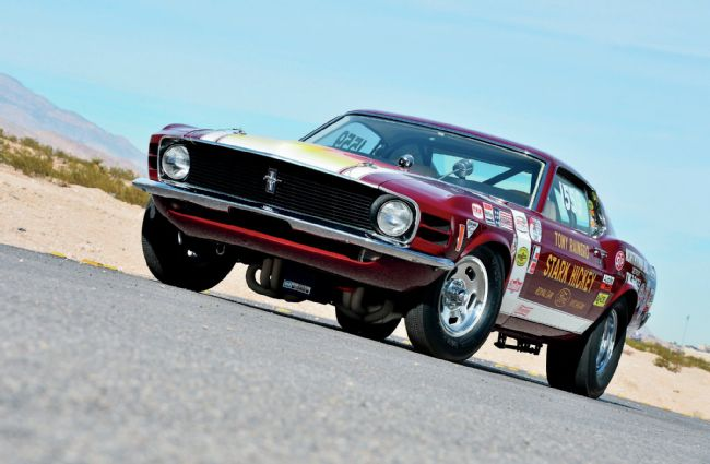1970-ford-mustang-cobra-jet-sportsroof-thanks-for-the-memories-front-side-view