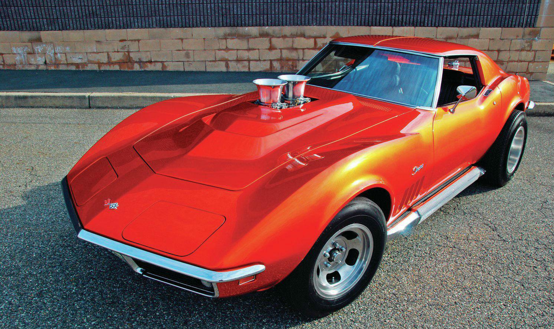 1969-chevrolet-corvette-stingray-front-view