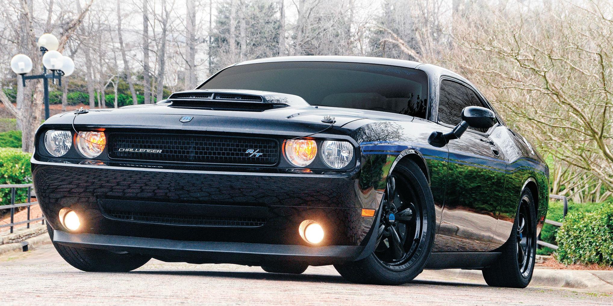 2010 mopar dodge challenger mixture of mopar performance parts custom touches t a type. Black Bedroom Furniture Sets. Home Design Ideas