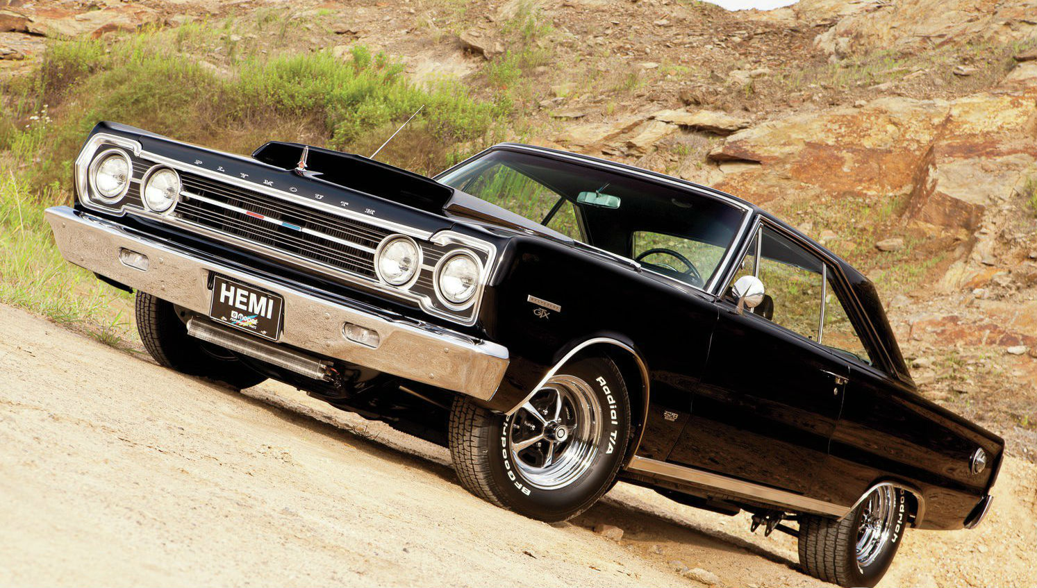 1967-plymouth-belvedere-gtx-front
