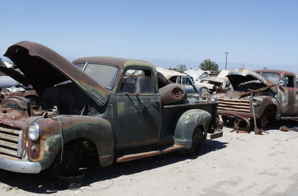 Fresno Junkyard 6 Muscle Cars Zone