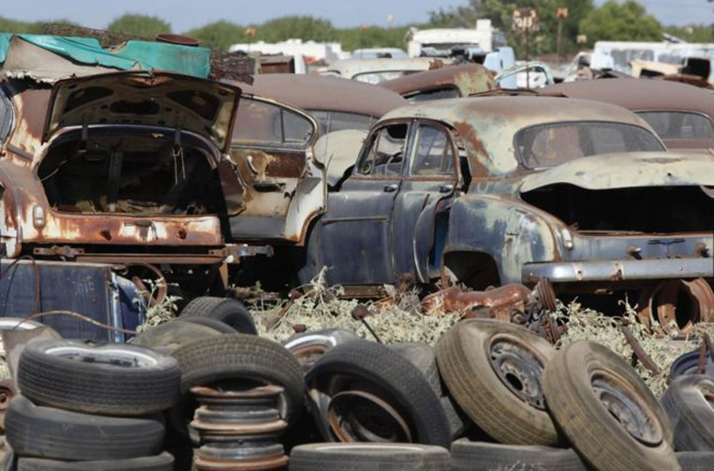 Photos & VIDEO of the Greatest Junk Yard in Fresno, California ...
